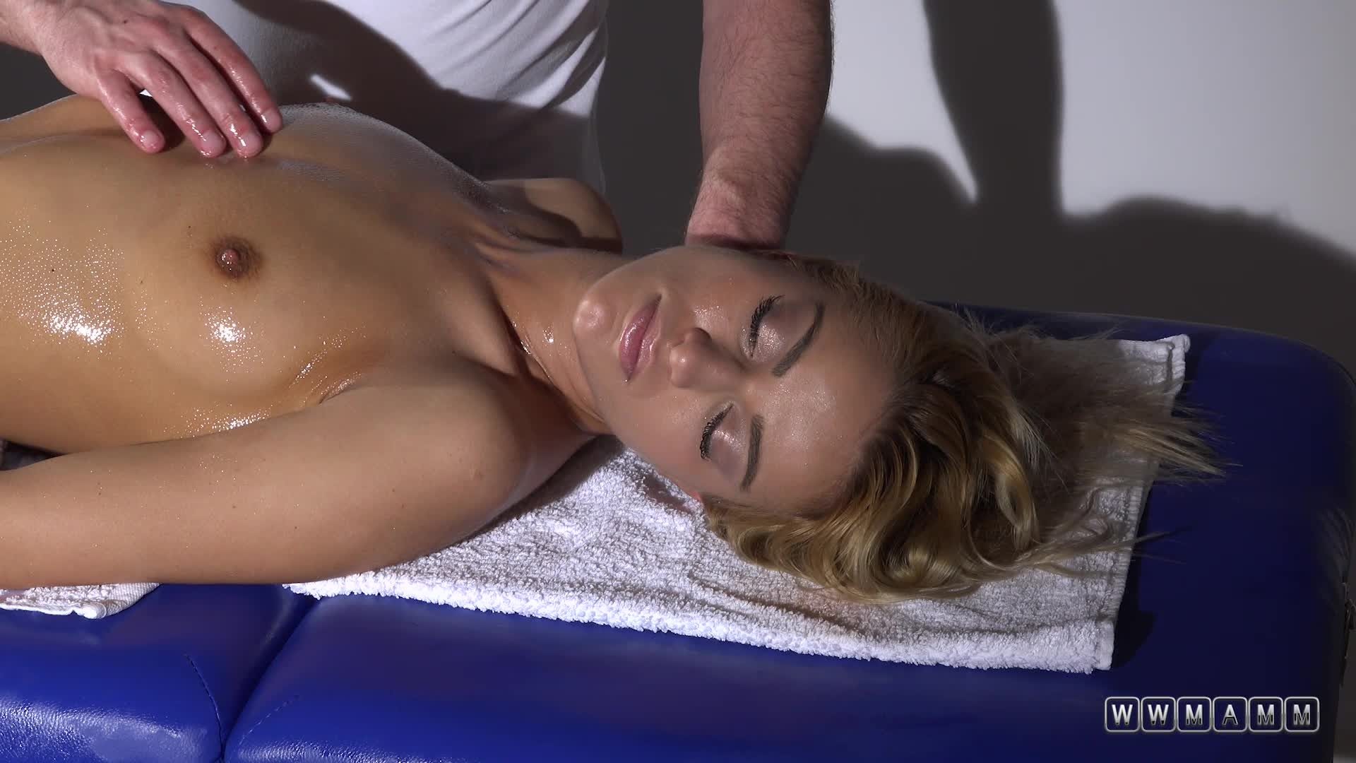 Sexy Blonde Model Having Her First Erotic Massage Between Shows