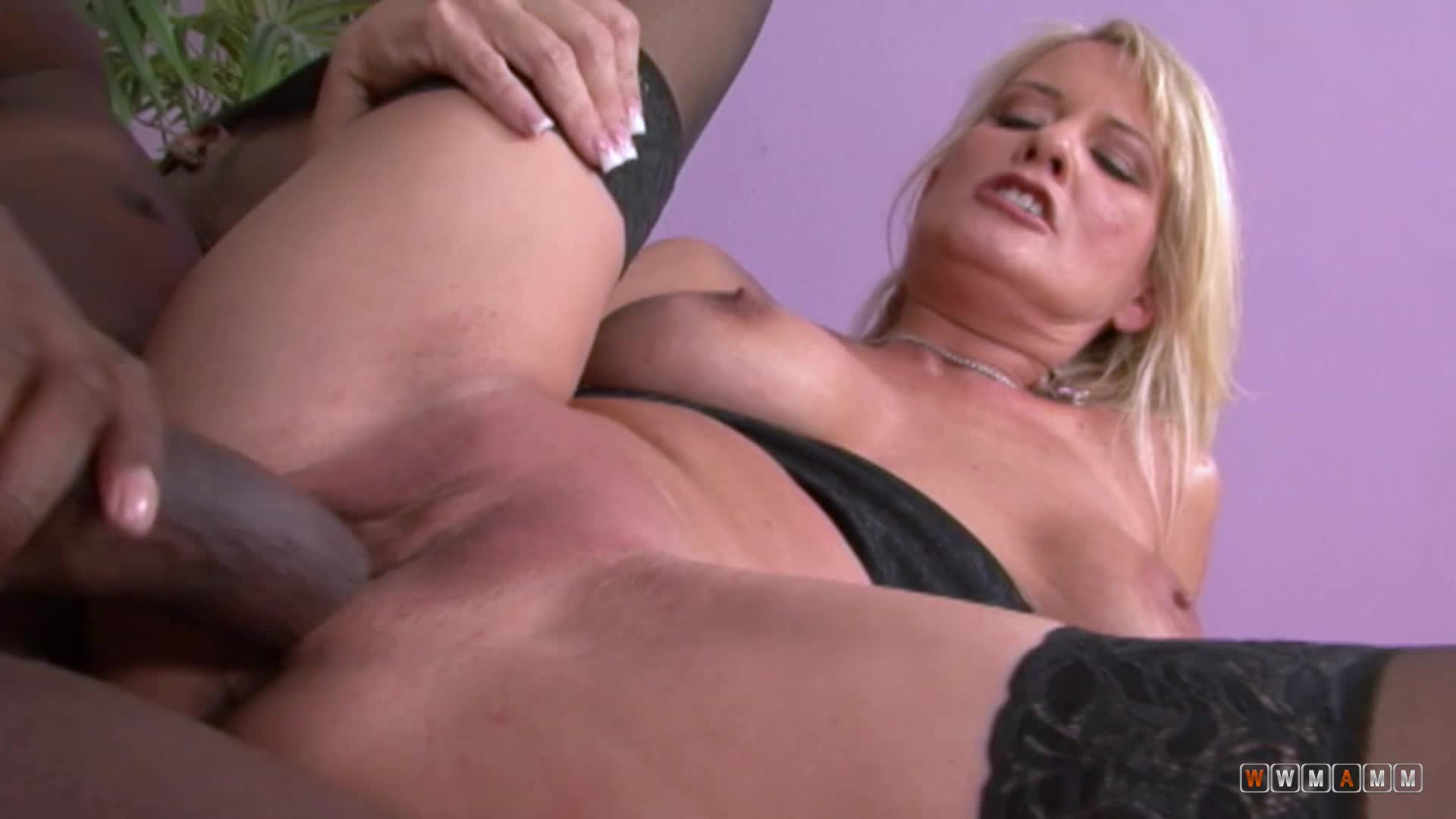 Sexy And Horny Milf Bridgette Lee Getting Banged By A Big Package