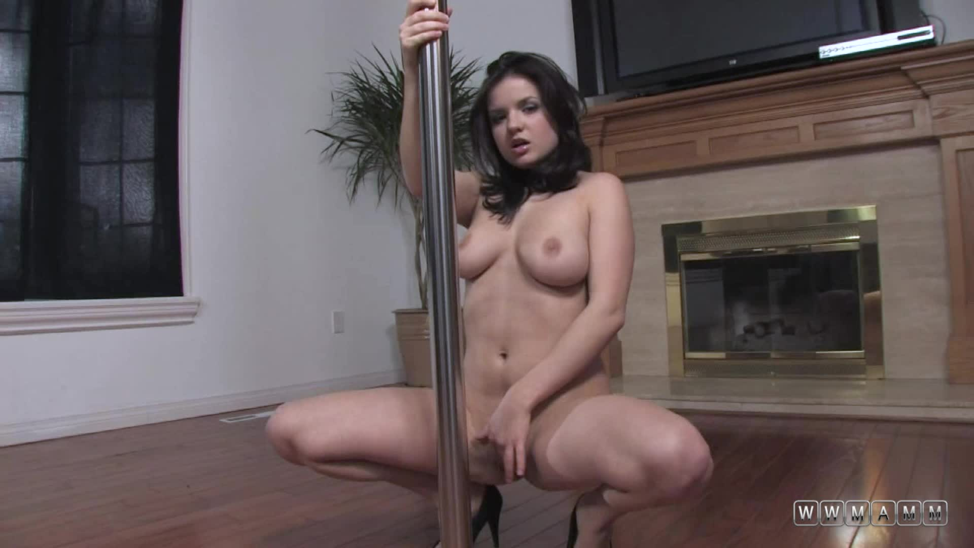 Busty Babe Julie Is Using Her Dancing Pole For Another Purpose
